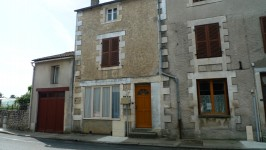 Maison de ville avec 3 chambres, jardin de 550m2, Bussire Poitevine, Limousin 87